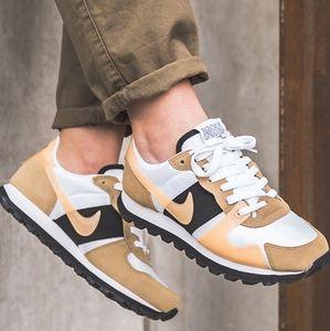 NEW Nike V. Love O.X.